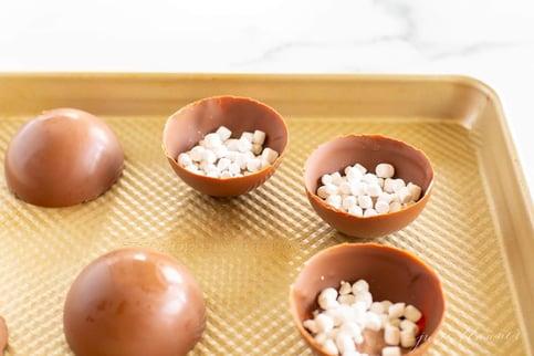 easy-hot-chocolate-bombs