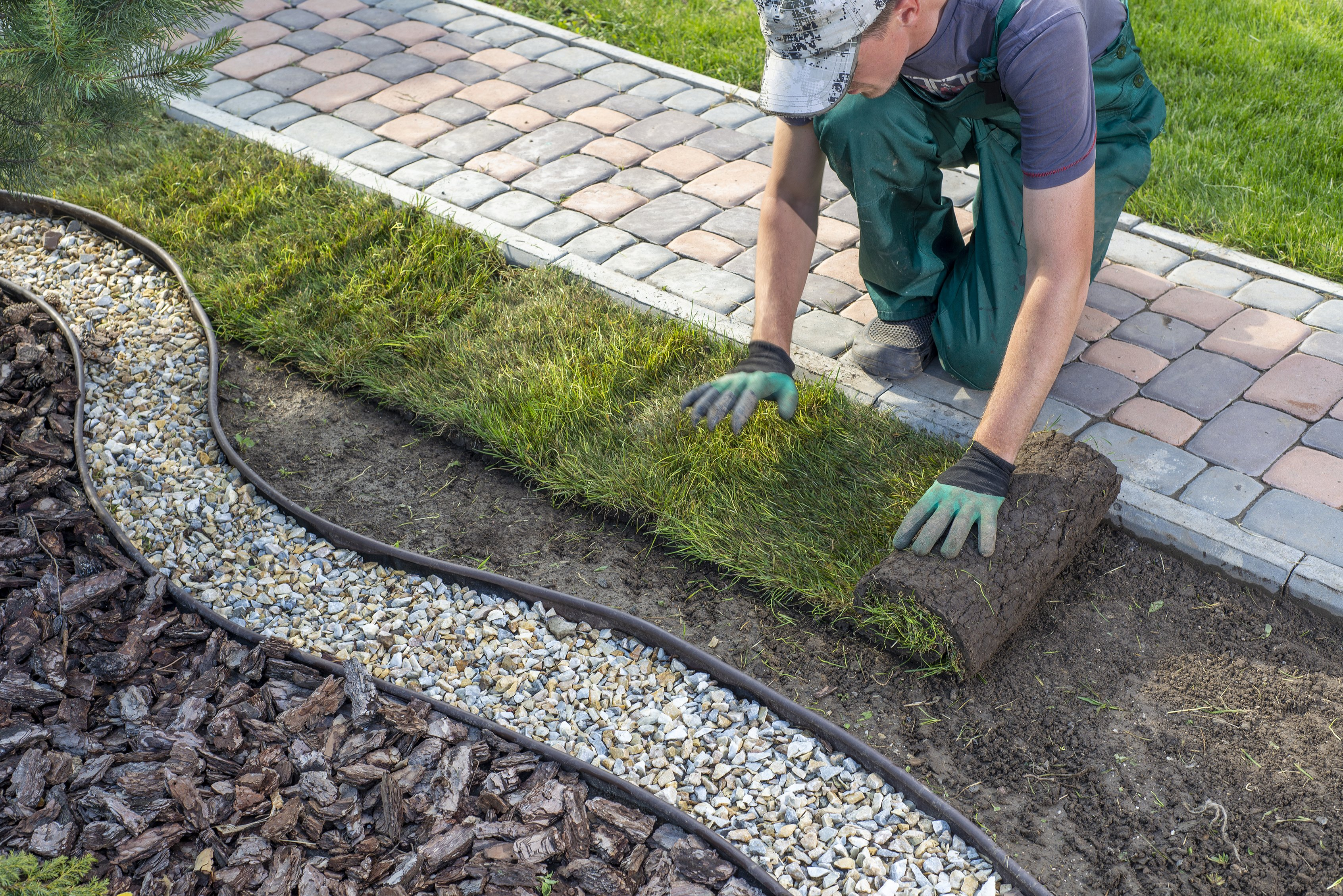 Top 10 Summer Landscaping Tips for Your Community Association