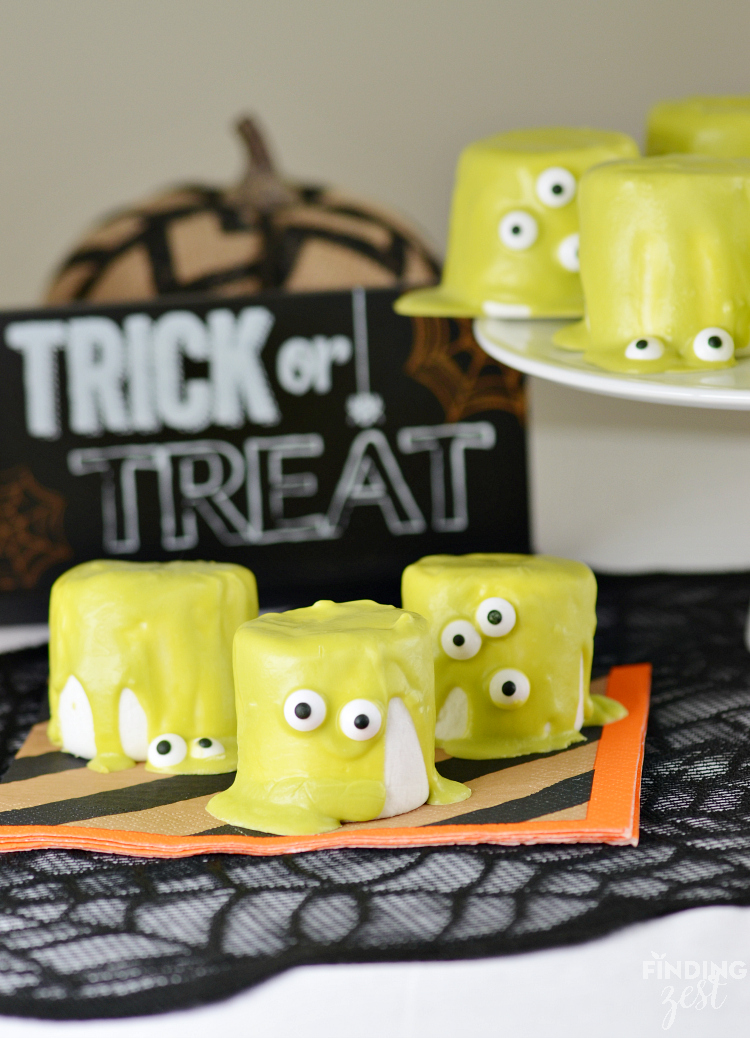 Frightfully Last Minute but Amazingly Simple & Fun Halloween Treats